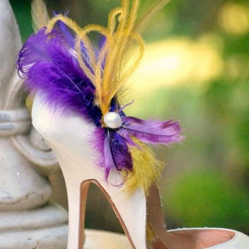 Warm Shoe Clips. Whimsical Statement Bride Bridesmaid, Gossip Girl High Fashion Boudoir, Plum Pearl, Mardi Gras Carnival Bow, Awards Glamour
