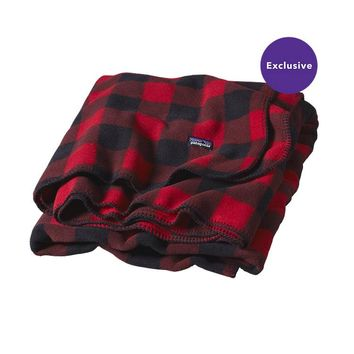 Patagonia Full Print Synchilla® Fleece Blanket – Special | Fuzzy Plaid: Wax Red