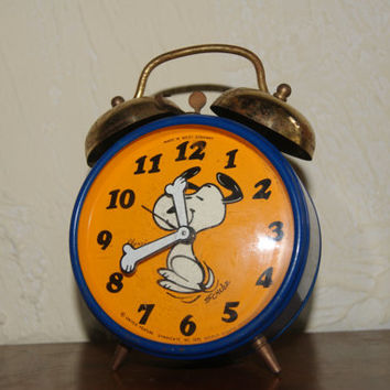 Vintage 1970 PEANUTS SNOOPY Wind Up Alarm Clock By United Feature Syndicate Blue Case Orange Face Alarm Bells On Top