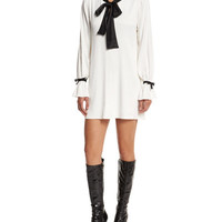Alexis Long-Sleeve Contrast-Trim Shift Dress, Cream
