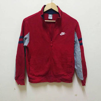 Nike swoosh sweater Track Field spellout big logo sports wear