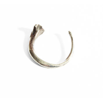 Morelia Knuckle Ring