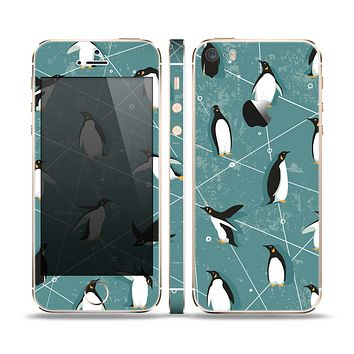 The Vintage Penguin Blue Collage Skin Set for the Apple iPhone 5s
