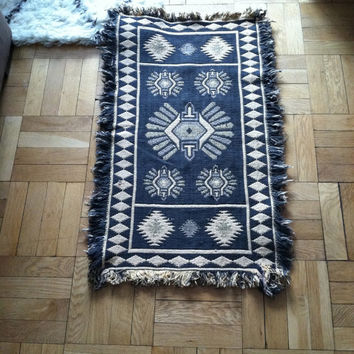 Vintage Tribal Throw Rug . Woven Rug . Southwestern Rug . Black Patterned Rug . Wool Throw Rug . Navajo Rug . Rag Rug