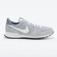 Nike Internationalist Wolf Grey Trainers - Urban Outfitters