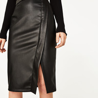 PENCIL SKIRT WITH METALLIC DETAILS