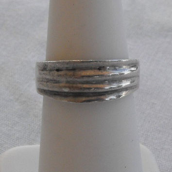 Mexican Sterling Silver Band Ring Ribbed Size 5 Vintage Jewelry