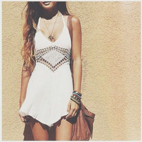 💕 Summer Beach White Print Sleeveless Halter Patchwork Lace Backless Dress 💕