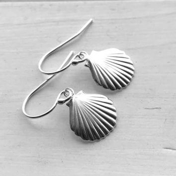 Small Seashell Earrings, Sterling Silver, Everyday Jewelry, Handmade Earrings, Gifts for Her, Beach Lover, Silver Shell Earrings