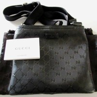 Authentic GUCCI Shoulder Bag Cross Body Messenger Bag Black PVC Excellent 1154