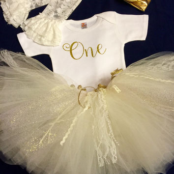 First Birthday Outfit Girl.  Tutu Outfit, Little Girl 1st Outfit, Girl Birthday Dress,Girl Party Outfit, Birthday Theme Party, Girl Clothing