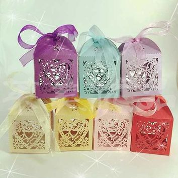 10Pcs Love Heart Party Wedding Hollow Carriage Candy Boxes