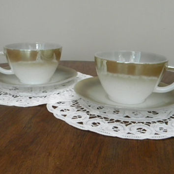 Vintage Teacup & Saucer, Federal Mesa, Moss Brown, Fade, Set of Two, F in Shield Stamp, Excellent Condition