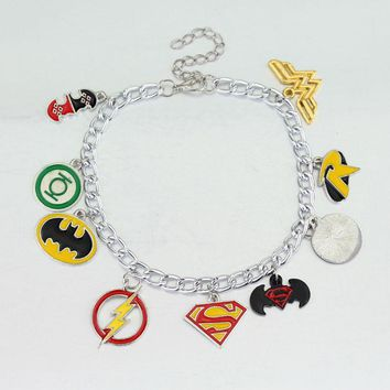 Batman Dark Knight gift Christmas Superman Batman Charm Bracelet The Avengers 3 Infinity War Thanos Bracelets for Women Men Cosplay Jewelry AT_71_6