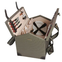 Wooden Picnic Basket for 4 Persons 213