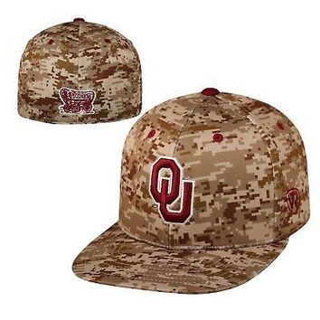Licensed Oklahoma Sooners Official NCAA Digi Camo Hat Fitted Sz 8 Top of the World 021188 KO_19_1