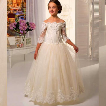 Off Shoulder Long Sleeve Lace Appliques First Communion Dresses For Girls vestidos de comunion Flower Girl Dresses For Weddings