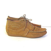STOREWIDE SALE...Vintage leather Moccasins. Lace up nubuck oxfords. Preppy boat chukka shoes.