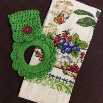 Kitchen towel with crochet hanger, oven towel holder, gift idea, game prize, door prize, shower gift, house warming gift, friendship gift,