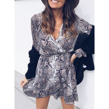 Sexy Women Dress Holiday Long Sleeve V-Neck Snake Printed Flare Sleeve Dress Autumn Spring Short Mini Dresses Vestidos