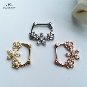 1 pc/lot Triple Flowers Nose Rings Studs Fake Nose Piercing Septum Women Body Jewelry Cute Surgical Steel Nose Ring 16G Pircing