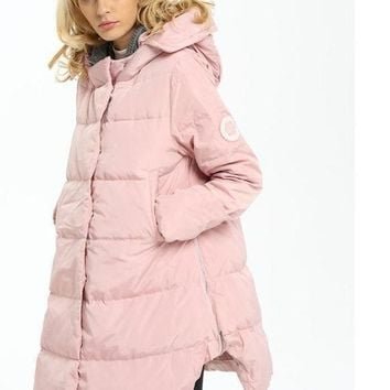 Women's Down Jackets and Coats New Fashion Female Parkas Women Long Thermal Down Woven Button Hollow Knitted