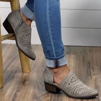 Anouk Boot in Taupe By Not Rated