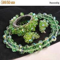 ON SALE Vintage Statement Jewelry - Green Crystal Glass Necklace Bracelet Earrings - High End Hard To Find Jewelry Set - Old Hollywood
