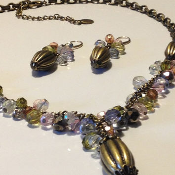 Bijoux Terner Parure 10 kt. Lever Back Acrylic Bead Brass and Brass Finish Lavaliere Necklace Vic Style