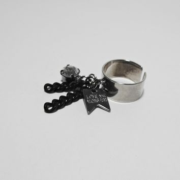 [C.C.] chic black chain ring