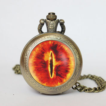 Handmade lord of the rings eye of sauron pocket watch locket necklace eye of sauron vintage Pendant locket necklace pocket watch
