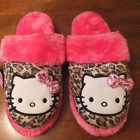 NWT Hello Kitty & Leopard Cheetah Print Scuff Slippers Pink Faux Fur & Sequins