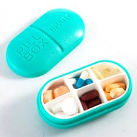 4 Colors Portable WaterProof Mini 4/6Slots Medicine Case Drug Pill Case Storage Box Bottle Case Holder