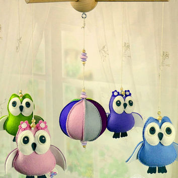 Owl Mobile, Crib mobile, Baby Mobile, Owl Nursery Decor, Pink Blue Green Violet Nursery, Newborn gift, Baby shower, New Mom Gift Idea