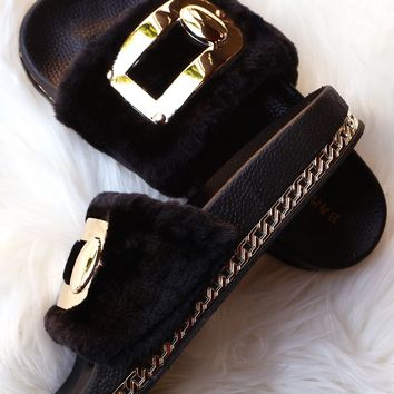 Bamboo Hardware Embellished Fur Chain Slide Sandal