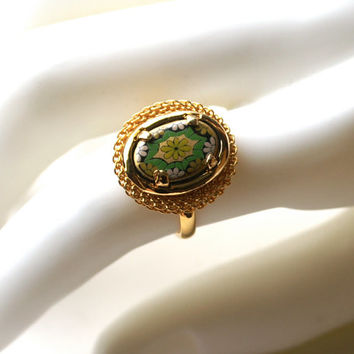 Vintage Mosaic Black Glass Ring Adjustable Gold Tone Mesh Ring Green and Yellow Flowers