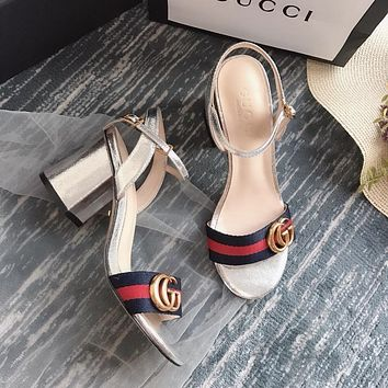 Gucci GG Women Metallic Silver Laminate Leather With Thong Web Mid-heel Sandals