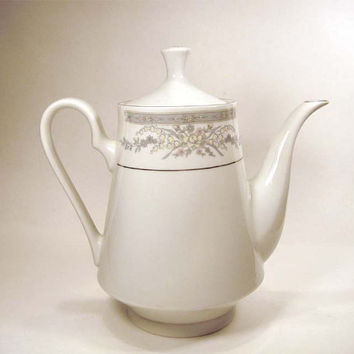 Vintage Coffee Tea Pot - Crown Ming - Diana Pattern Platinum Trim