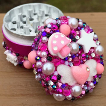 Grinder -- Hot Pink + Purple Pastel Kawaii