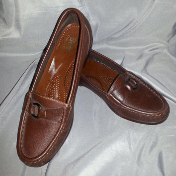 Vintage Women's 80s SAS Tripad Brown Loafers - Size 6 1/2 N