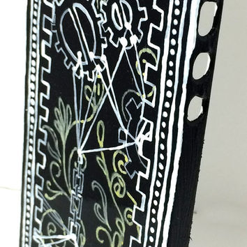 iPhone 5/5c Steampunk Inspired Hand Painted Acrylic Case, Handmade Artist Steampunk Gears iPhone 5 Case, Black White and Yellow Geometric 5C