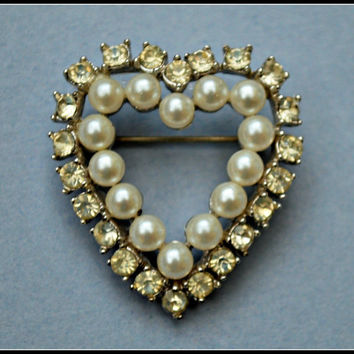 Vintage Richelieu Rhinestone and Pearl Heart Brooch