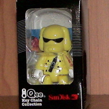 "Toy2R 2006 Qee Key Chain Collection San Disk Inner Dog 2.5"" Mini Figure"