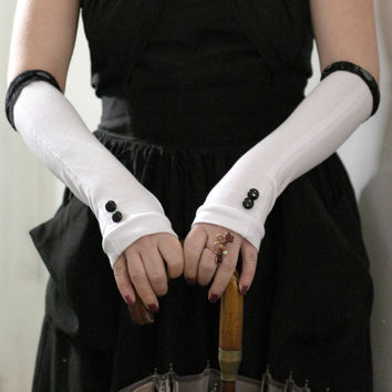 White wiht black lace and shiny vintage buttons fingerless gloves mittens