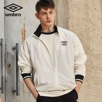 UMBRO 2018 Autumn New Man Joker Motion Cool Jacket Loose quickdry Coat Exercise Invisible Weight UI183AP2201
