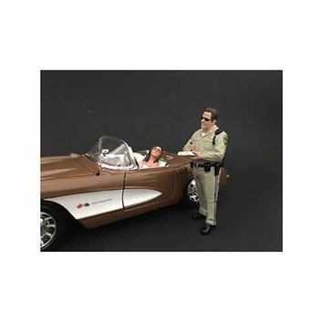 Highway Patrol Officer Writing a Ticket Figurine / Figure For 1:24 Models by American Diorama