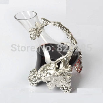Originality vine design silver finish metal glass decanter, vine shape decanter as gift to family or friends