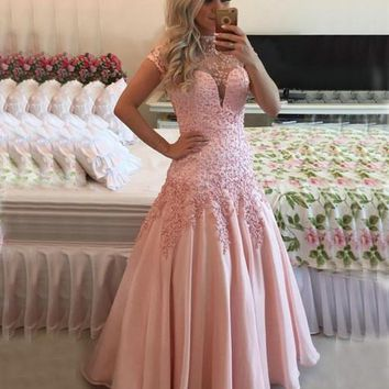 Pink High Neck Cap Sleeve Prom Dresses 2017 Sexy Open Back Sheer Top Lace Applique Long Evening Dress vestidos de fiesta P16