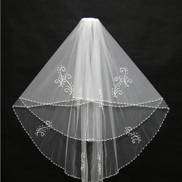 White Bridal Veils Beaded Edge Wedding Veils Cheap 2017 With Comb Two Layer Tulle Sequins Beads Bridal Veil  Wedding Accessories