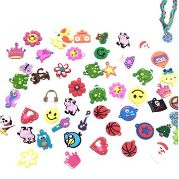 30pcs DIY Cartoon Colorful Animal Flower Beads Pendants Toy for DIY Colorful Loom Rubber Band Bracelet Making Kit Random Style
